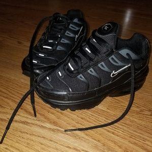 1Y Nike Airmax Plus for boys